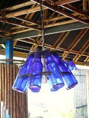Lampe réalisée avec des bouteilles de Solera