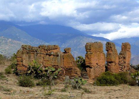 Des ruines dans un paysage époustouflant