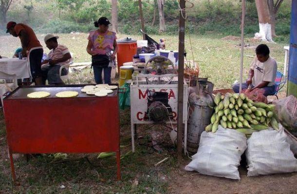 La fabrication de la cachapa