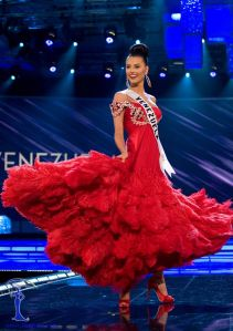 Stefania Fernández, Miss Univers 2009
