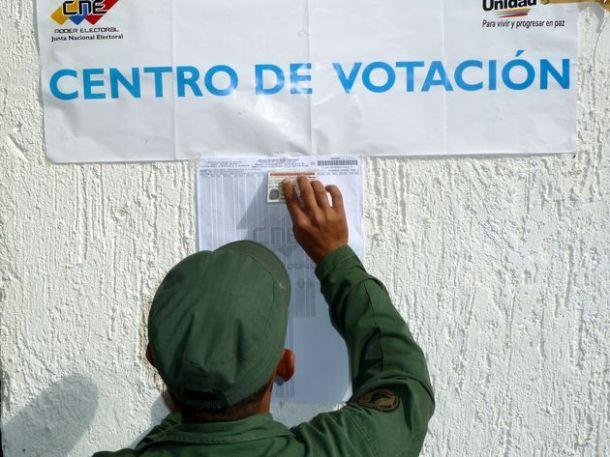 Élections primaires de l'opposition au Venezuela (12-02-2012)
