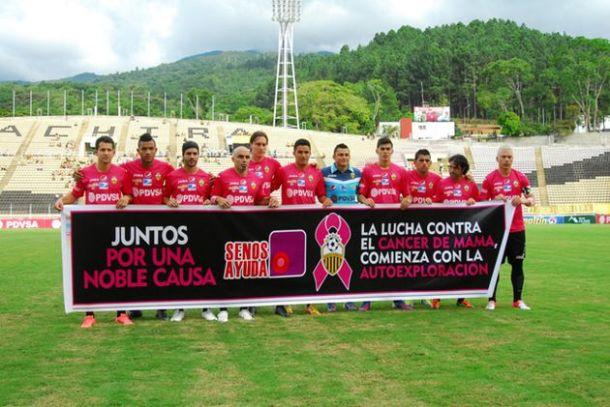 Deportivo Táchira en rose