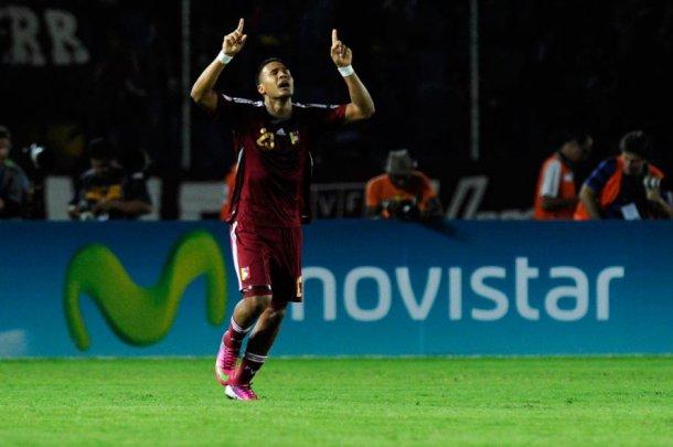 Vino Tinto football Venezuela