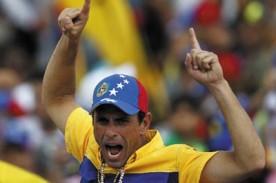 Capriles crie