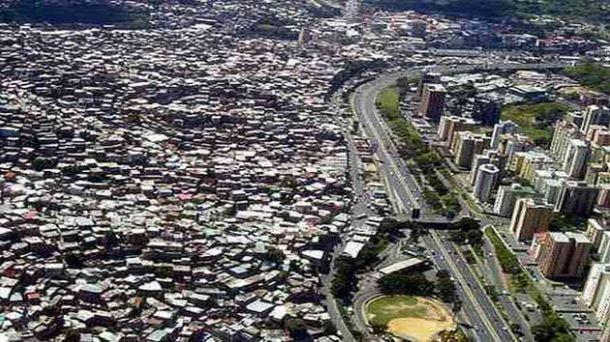 Caracas: Un urbanisme chaotique et contrasté