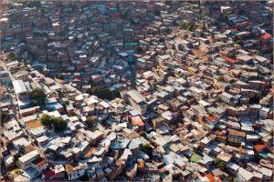 Bidonville sur les collines de Caracas