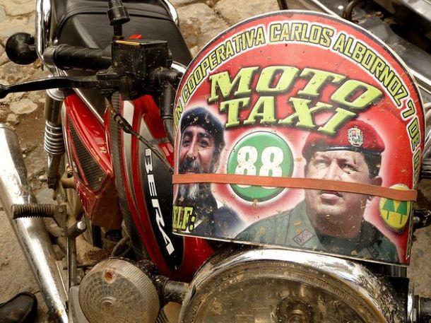 Mototaxi en Venezuela
